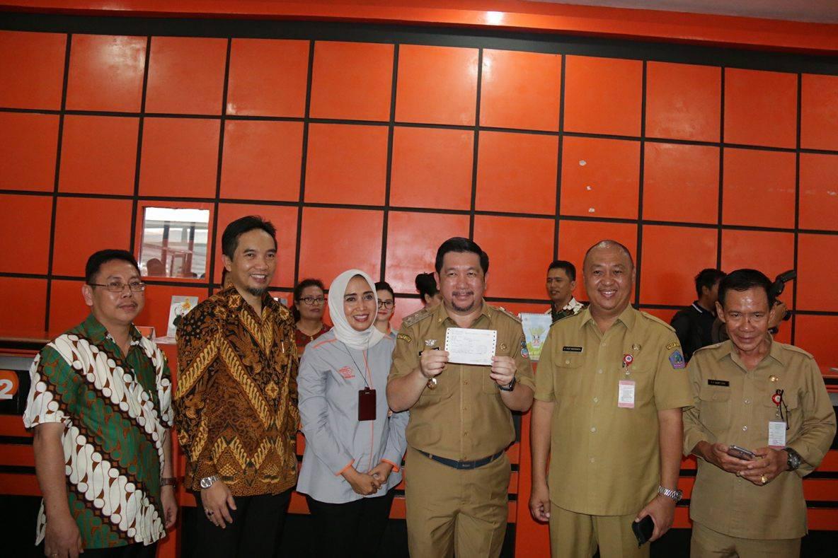 Hadiri Launching Penjualan Emas Batangan Pos Indonesia Dan Pt Antam